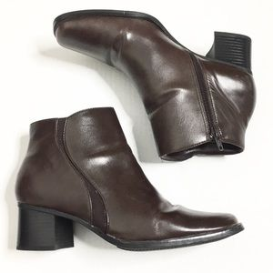 Basic Editions | Mahogany Brown Ankle Boots w/Heel